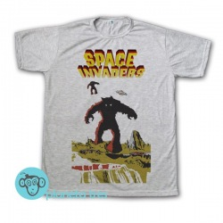 Remera Space Invaders Poster - Remeras geeks y juegos